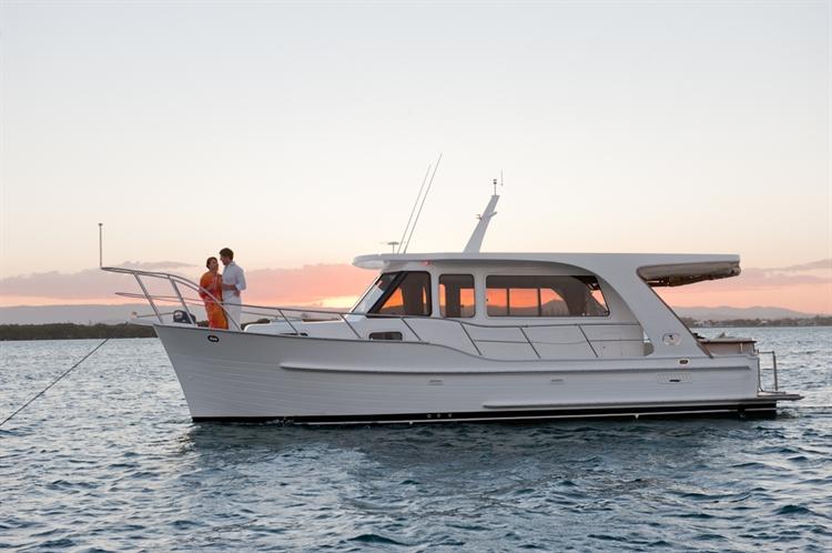Integrity Boats 340 Sedan